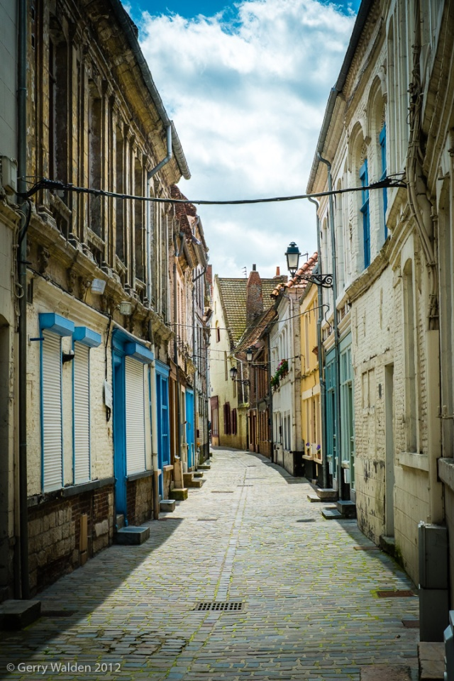 Empty Street, Calais